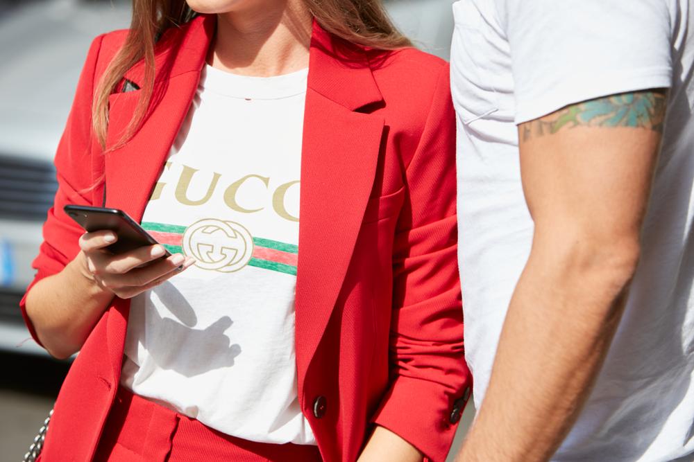 Gucci-Badeanzug sorgt für Spott im Netz