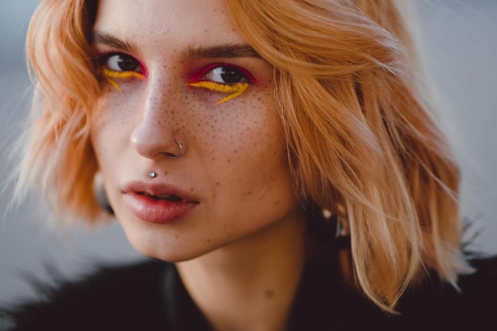 Zähne kaputt und Gesichtslähmung? Die Wahrheit über Piercing-Mythen