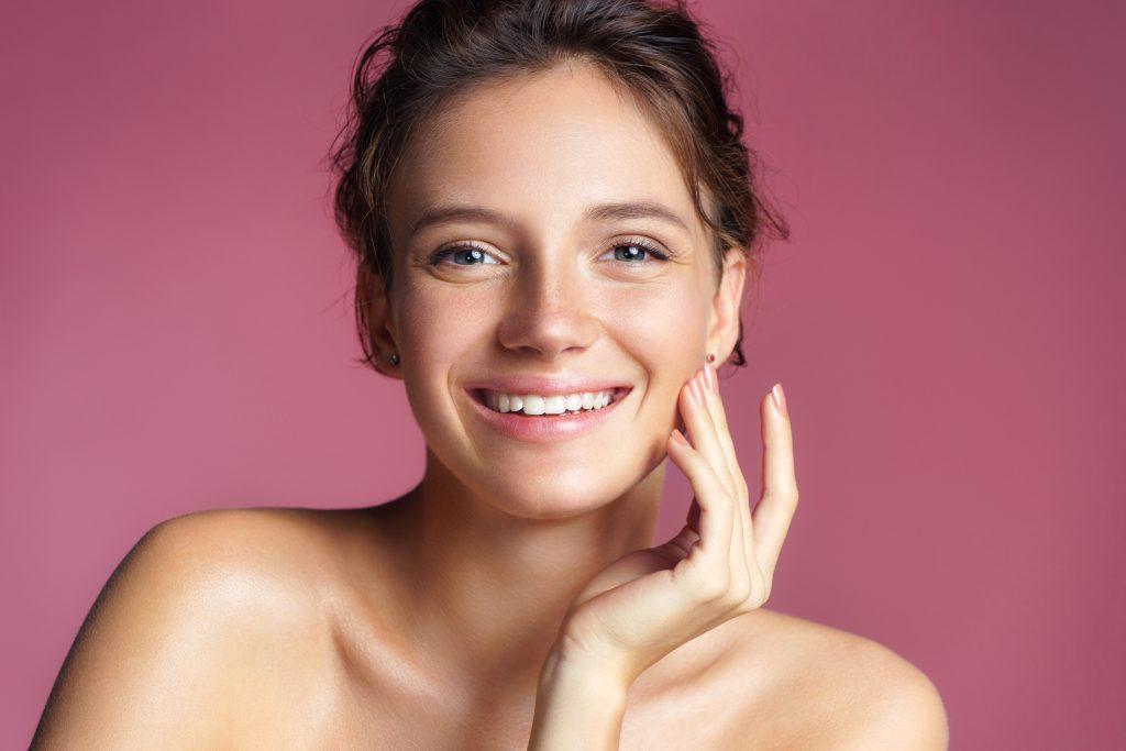 Fettige Haut: So pflegst du sie rein und strahlend