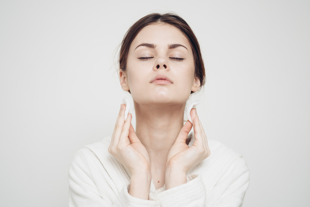 Trockene Haut im Gesicht: So pflegst du sie richtig und strahlend schön