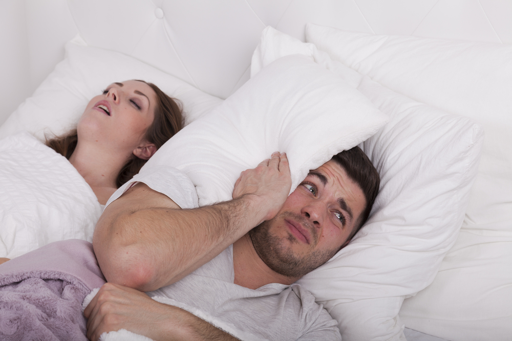 Studie: Junge Frauen schnarchen mehr als Männer