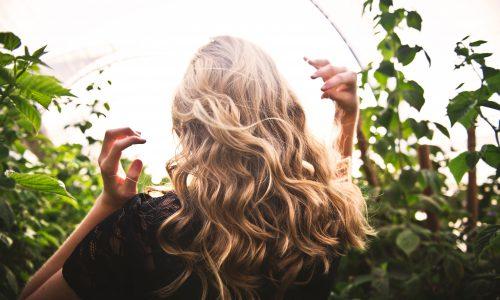 5 schnelle Frisuren, die jeder in der Früh hinkriegt