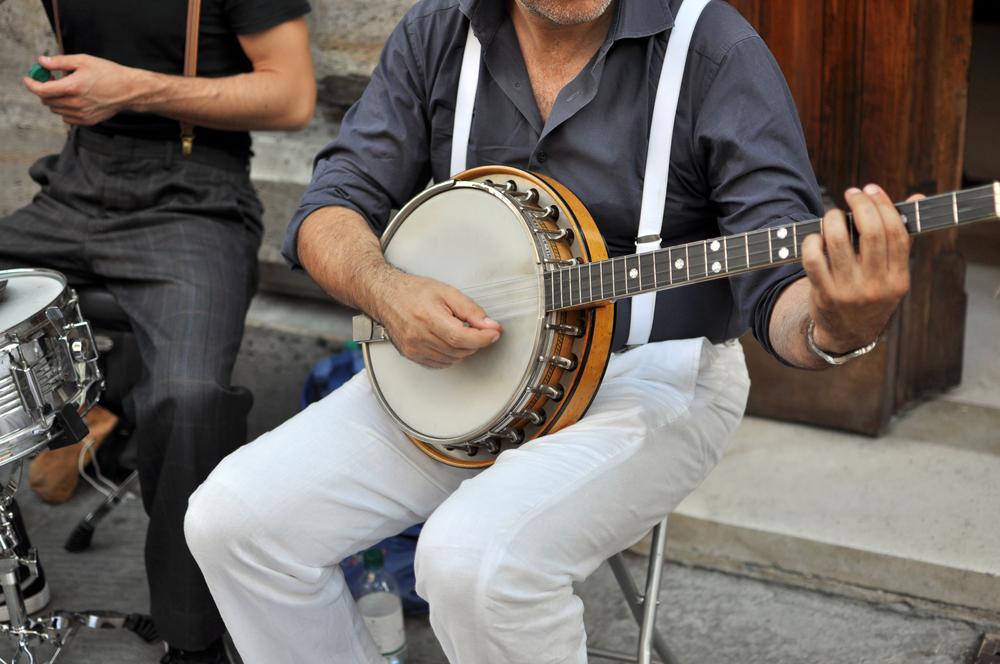Dieser US-Banjo-Spieler sieht aus wie Sebastian Kurz