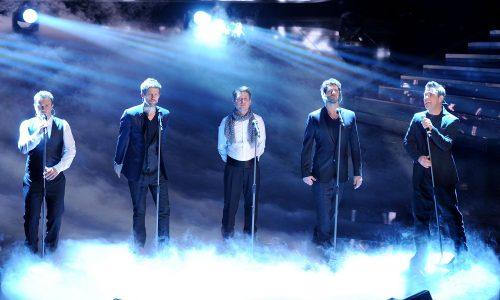 Robbie Williams wieder mit Take That auf der Bühne