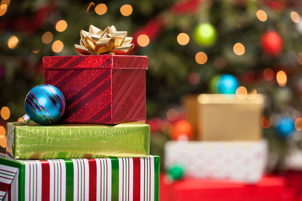 83-Jähriger hinterlässt 13 Weihnachtsgeschenke für das Nachbarskind