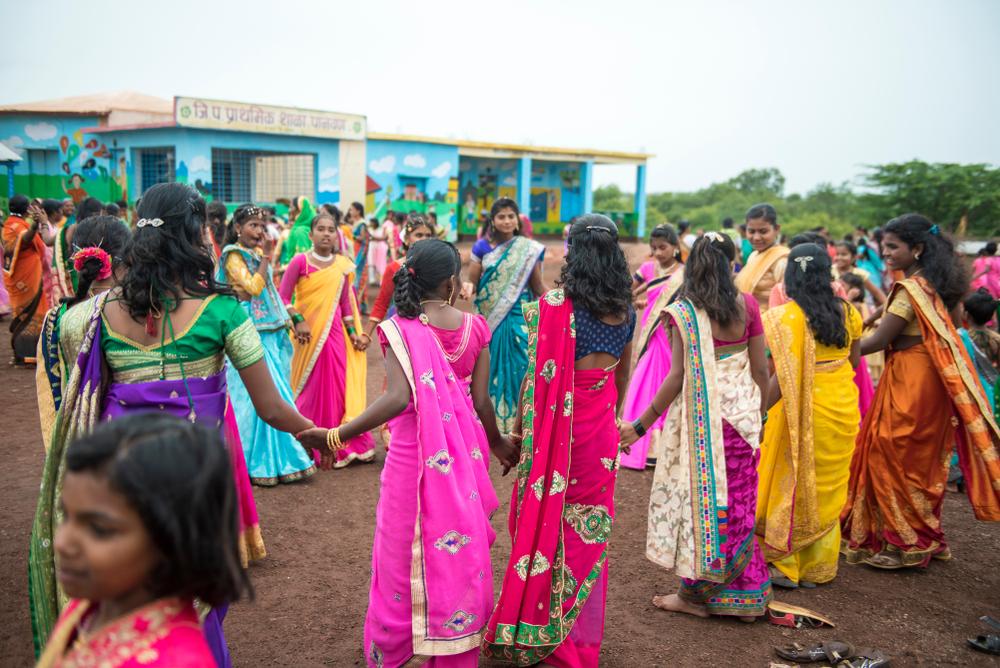 600 Kilometer Menschenkette: Indische Frauen demonstrieren für Gleichberechtigung