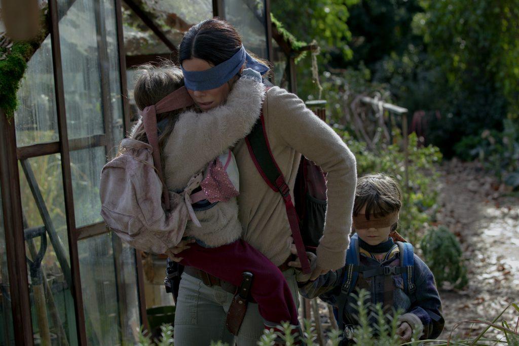 """Bird Box Challenge: Netflix warnt vor gefährlichem """"Spiel"""""""