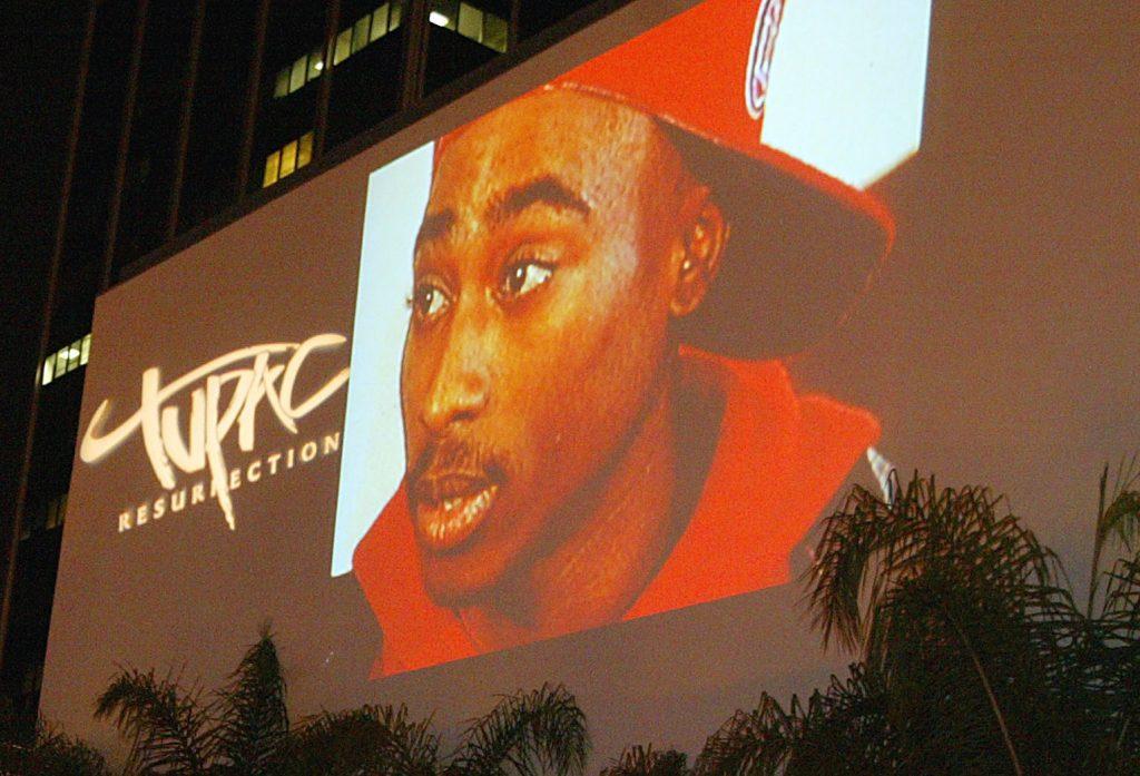 Erotische Gefängnis-Zeichnung von Tupac für 21.000 USD versteigert