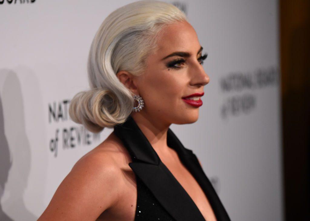 Lady Gaga entschuldigt sich für Zusammenarbeit mit R.Kelly