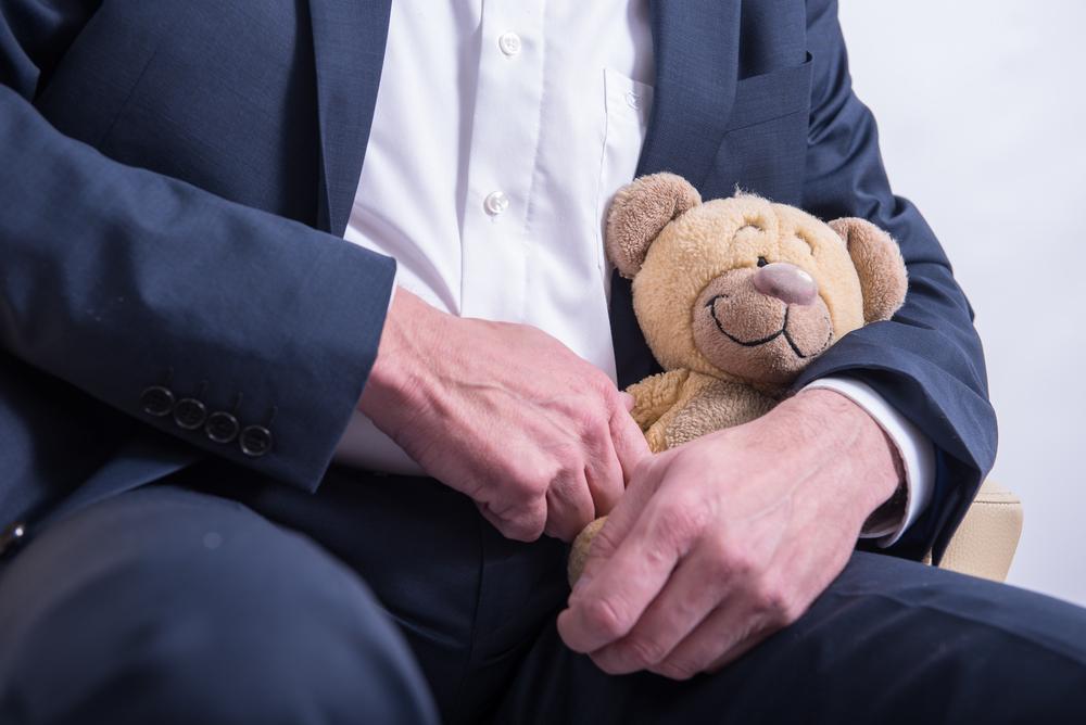 Pädophiler beantwortet ehrlich alle Fragen auf Jodel