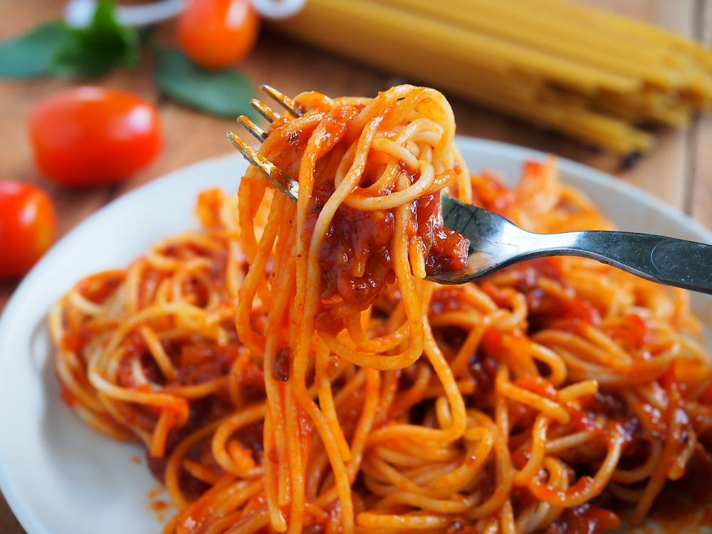 Student isst fünf Tage alte Spaghetti und stirbt