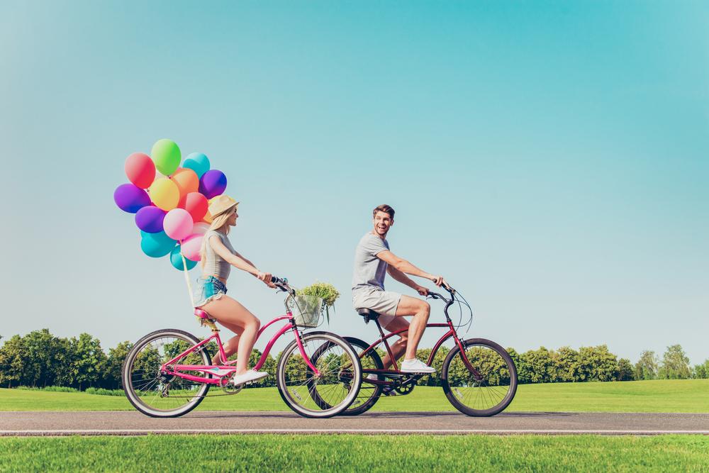 """Die 8 besten Date-Ideen, wenn dir """"etwas trinken gehen"""" zu langweilig ist"""