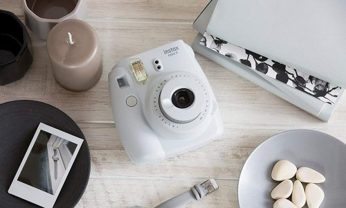 Sofortbildkamera: So bekommst du gratis eine Fujifilm Instax Mini 9!