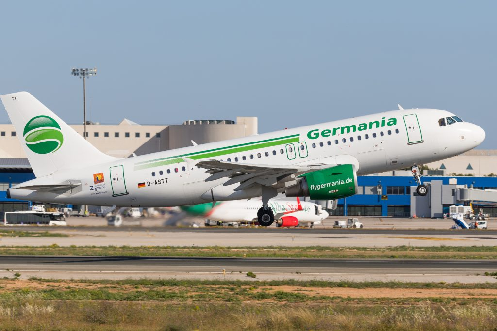 Germania fliegt in die Insolvenz
