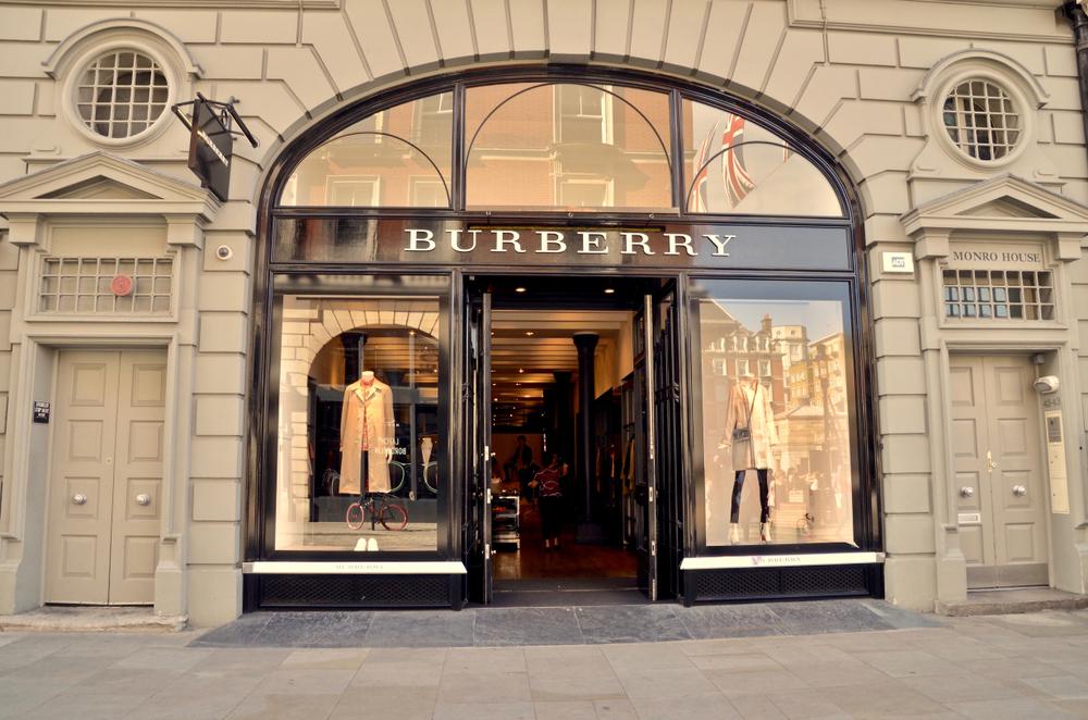 Burberry entschuldigt sich für Selbstmord-Pullover