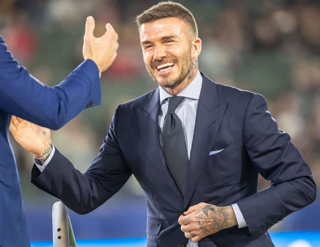 David Beckham muss sich wegen Handy am Steuer vor Gericht verantworten