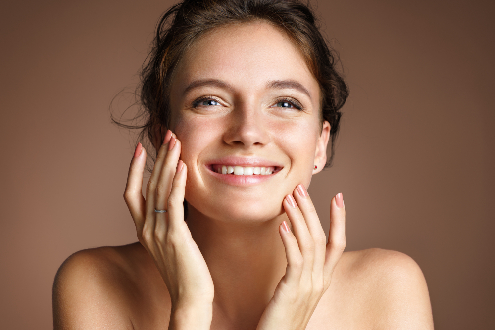 Diese 3 Beauty-Tipps helfen garantiert gegen geschwollene Augen