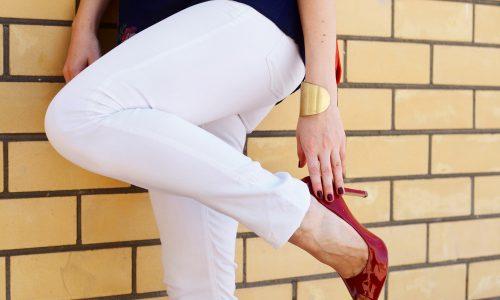 Weiße Hosen: So kombinierst du sie richtig