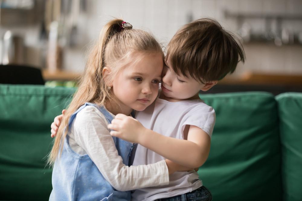 Geschwisterliebe: 5 Gründe warum Geschwister super sind