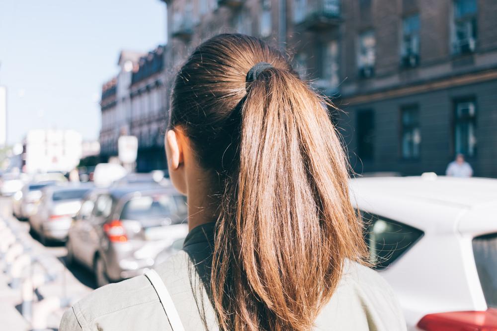 Diese 3 Frisuren sind besonders schädlich für eure Haare