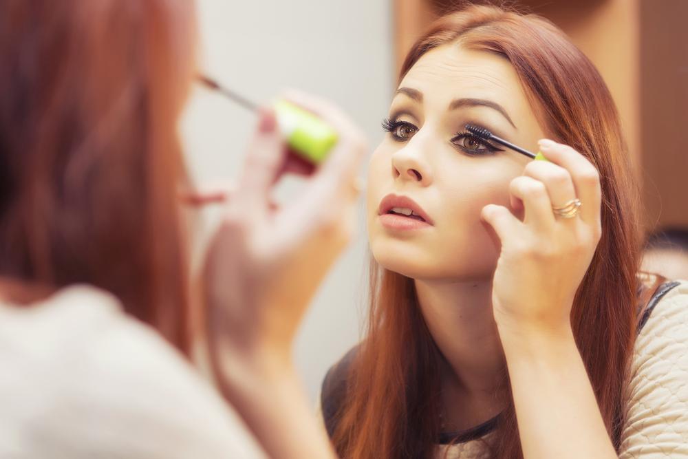 Make-up auffrischen: In 3 Schritten zum perfekten Look
