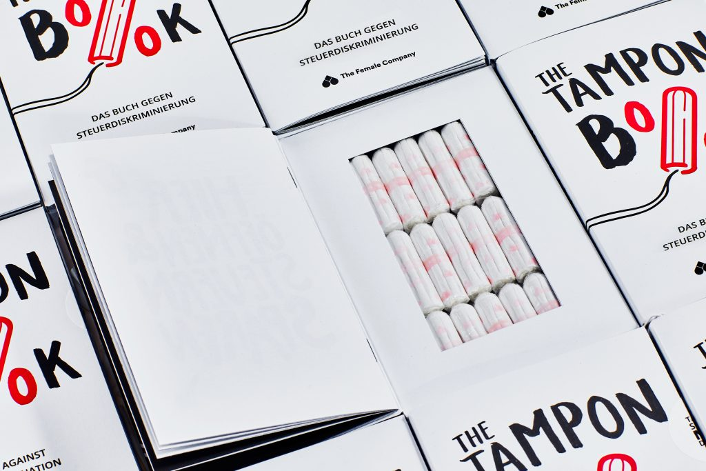 "Tampons als Buch: So umgeht ""The Female Company"" die hohen Tampon-Steuern"