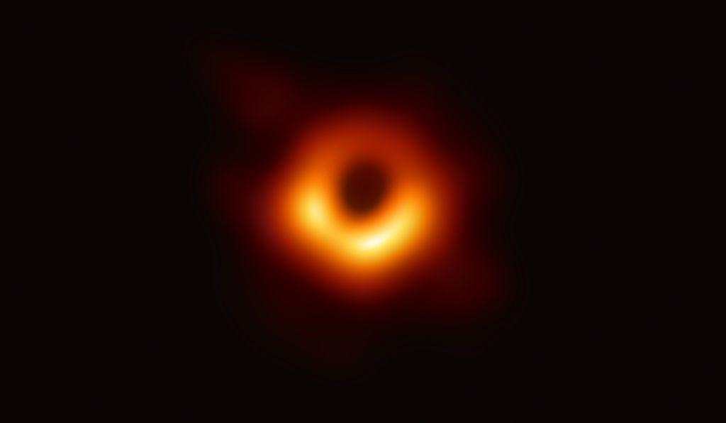 Katie Bouman hat das erste Bild eines schwarzen Loches gemacht