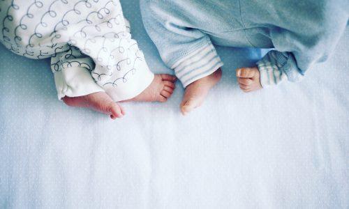 Italien: Mutter bringt Zwillinge im Abstand von zwei Monaten zur Welt