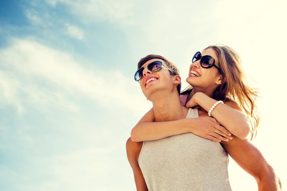 Diese 3 Sternzeichen verlieben sich diesen Sommer in ihren Ex