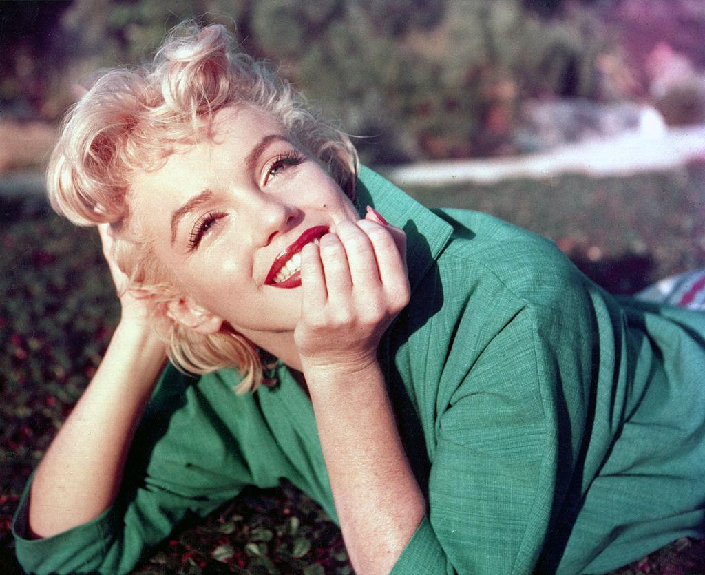 Marilyn-Monroe-Statue-in-Hollywood-geklaut