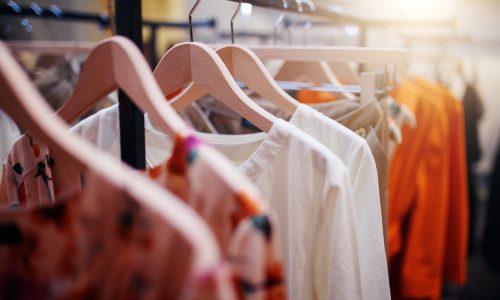 4 Kleidungsstücke, mit denen du sofort attraktiver wirkst