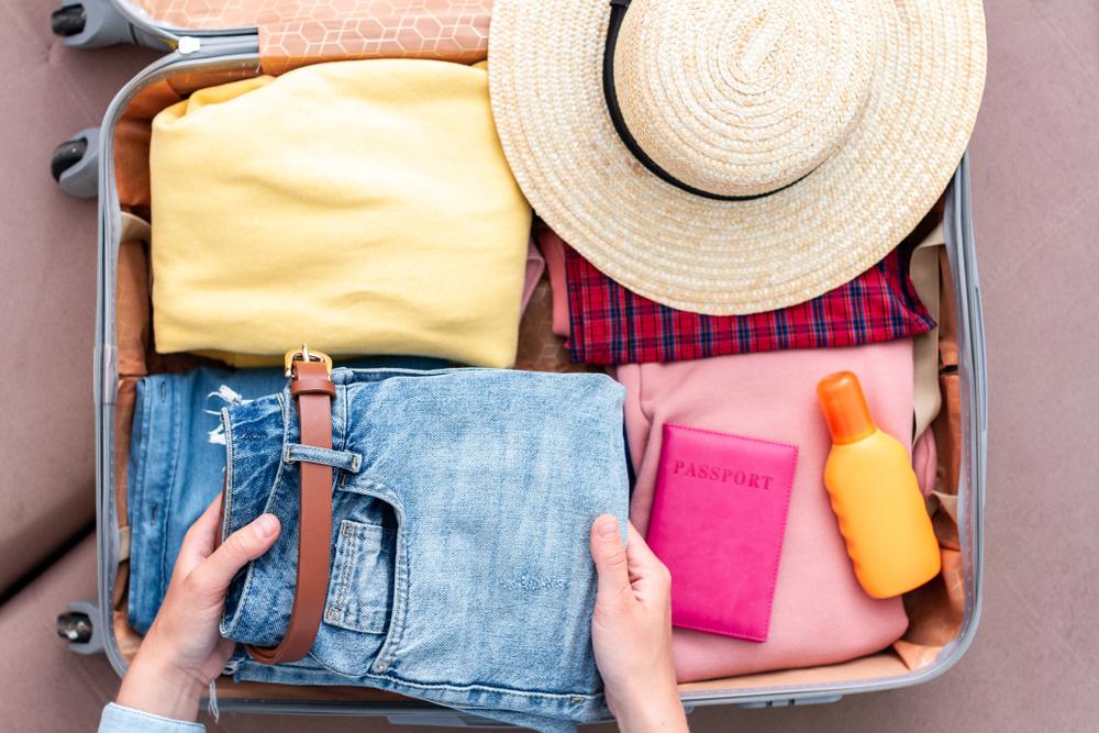 Passagier zieht sich 8 Kilo Kleidung an, um nicht für Übergepäck zu zahlen