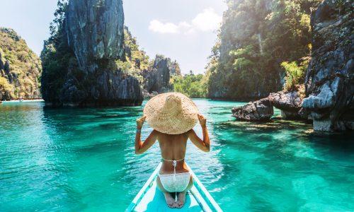 Influencer springen für Fotos in einen See, der chemieverseucht ist