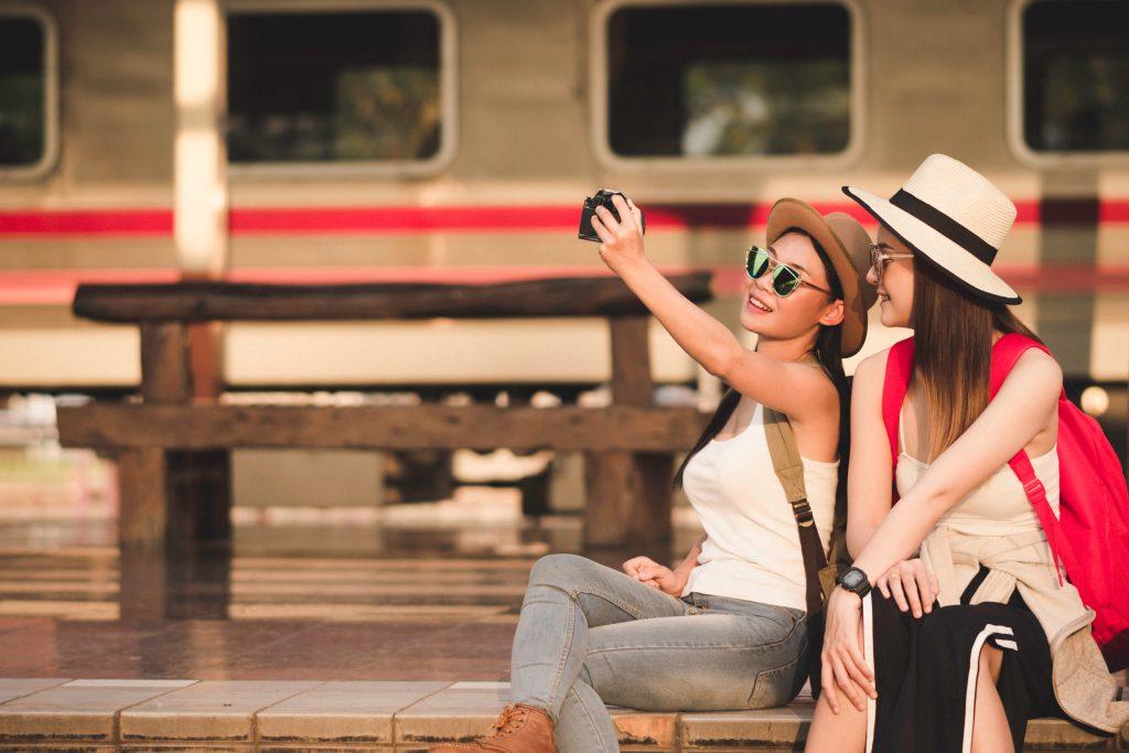 Liebe ich: 5 Gründe, weshalb Influencer jetzt auf Zugreisen umsteigen
