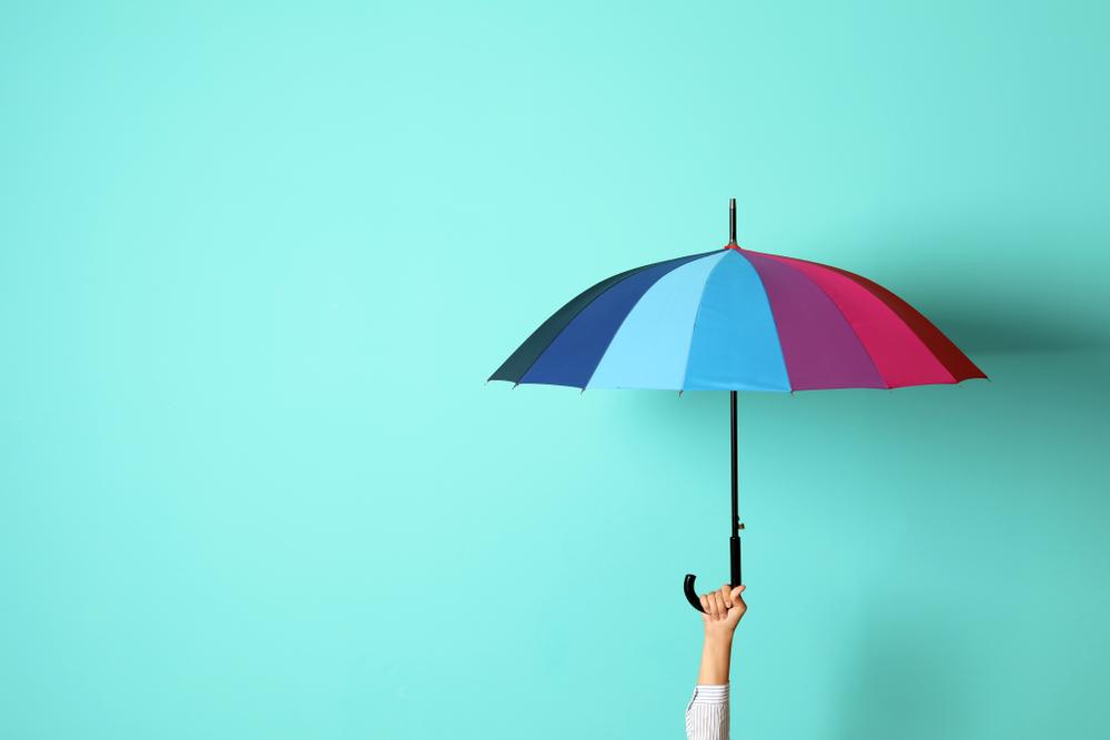 Twitter: Aufregung um Regenschirm, der eine Bürotür blockiert