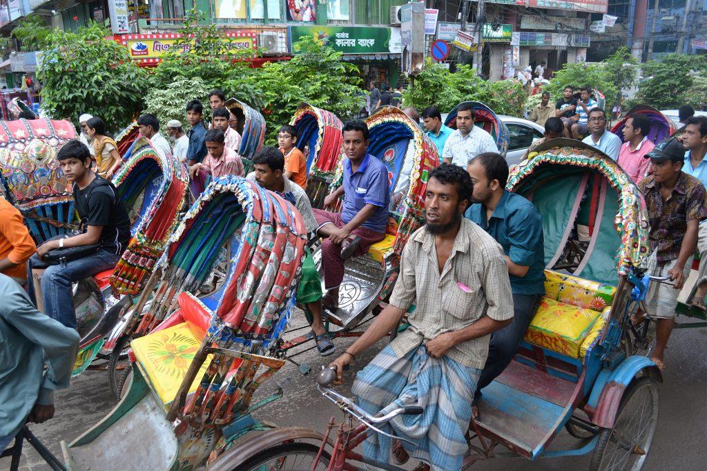 Bangladesch: Fahrservice soll vor sexueller Belästigung schützen