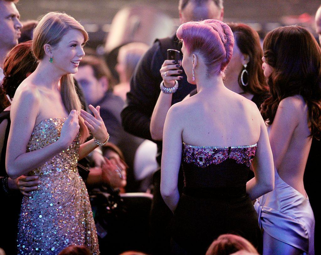 Fans sind der Grund, warum Katy Perry und Taylor Swift wieder befreundet sind
