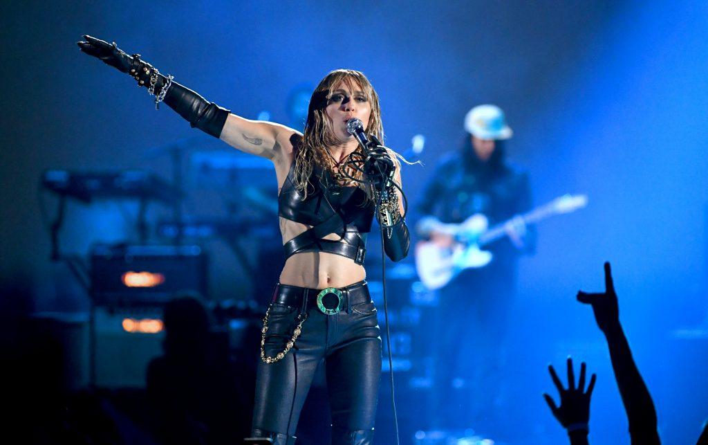 Miley Cyrus: Erste Aufnahmen mit neuem Freund aufgetaucht