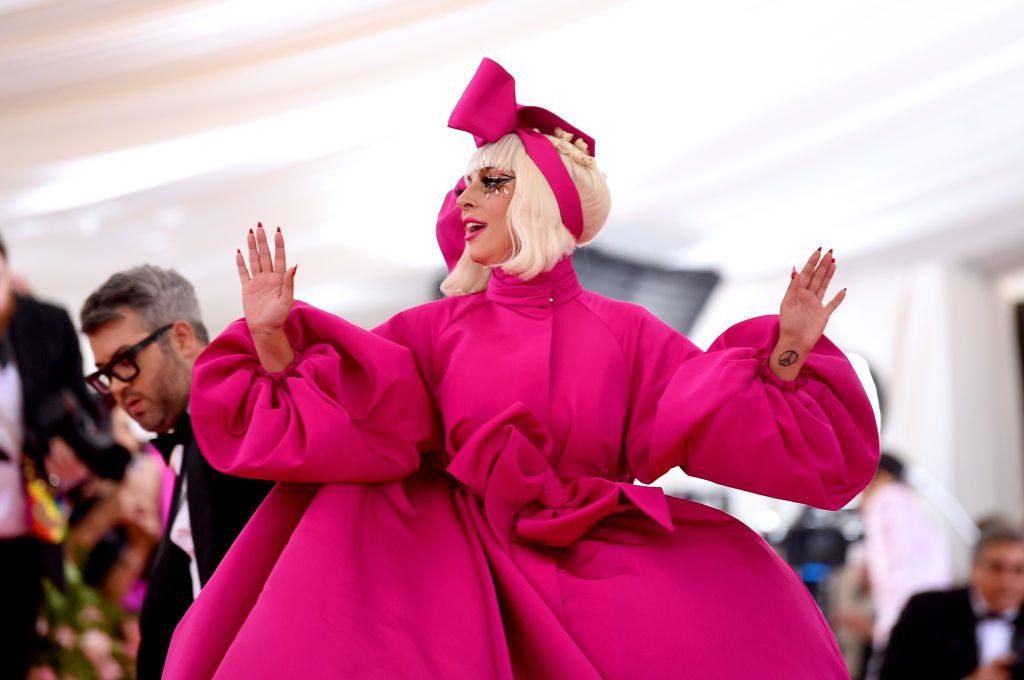 Lady Gaga verbannt R. Kelly Song von ihrem Album Artpop