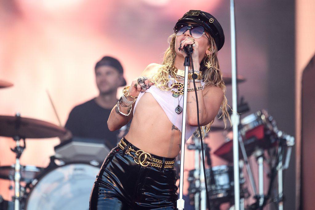 Miley Cyrus: Ihr Freund besucht sie im Krankenhaus