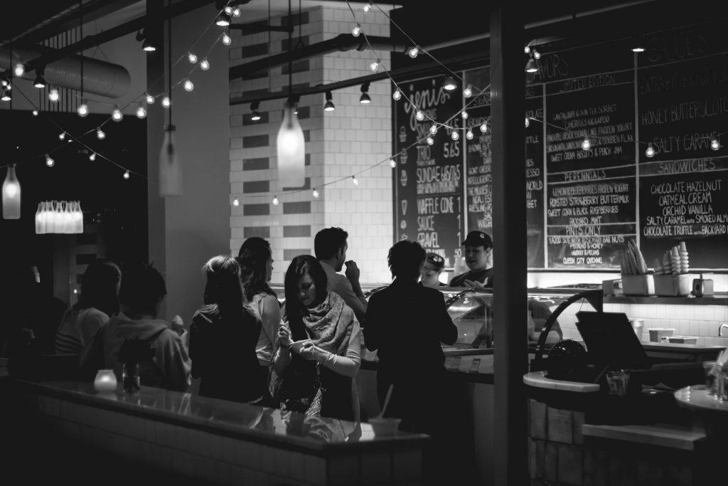 Diskriminierung im Restaurant: Frauen bekommen eigene Speisekarte