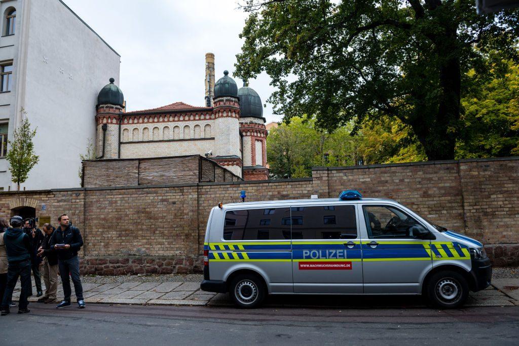 Attentat vor Synagoge: Halle an der Saale trauert