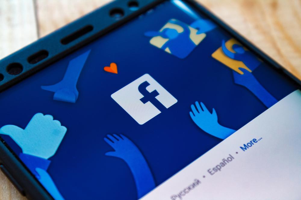 Facebook: Mitarbeiter klagen über Rassismus