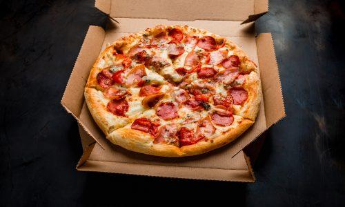 Versteckter Hilfeschrei: Frau bestellt Pizza bei Notruf