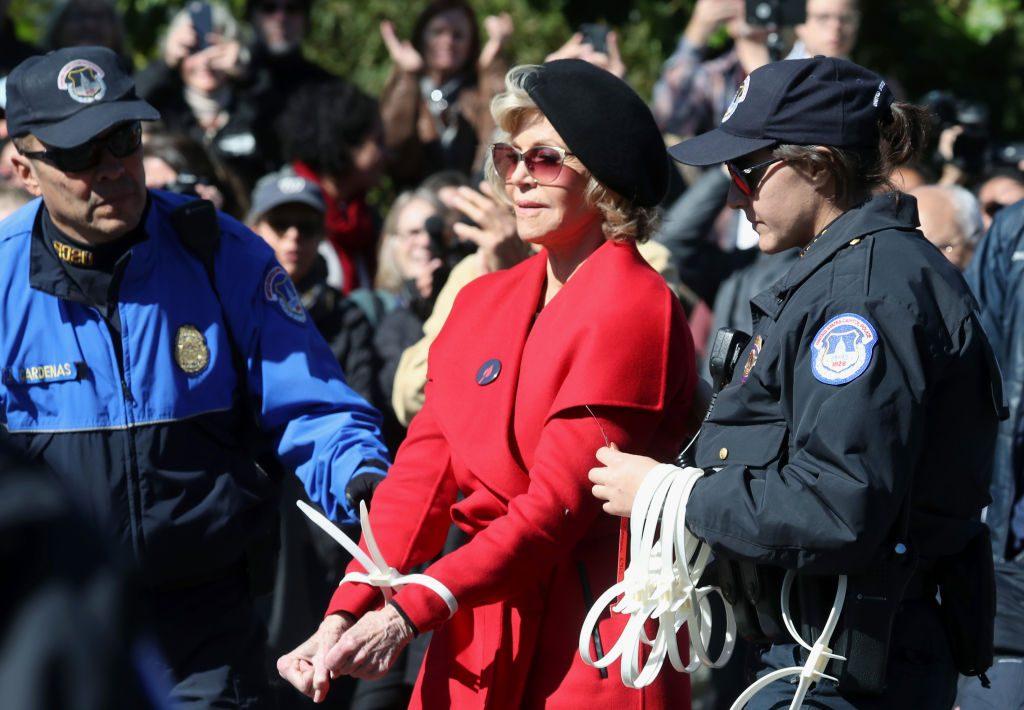 Jane Fonda erneut wegen Klimaprotest verhaftet