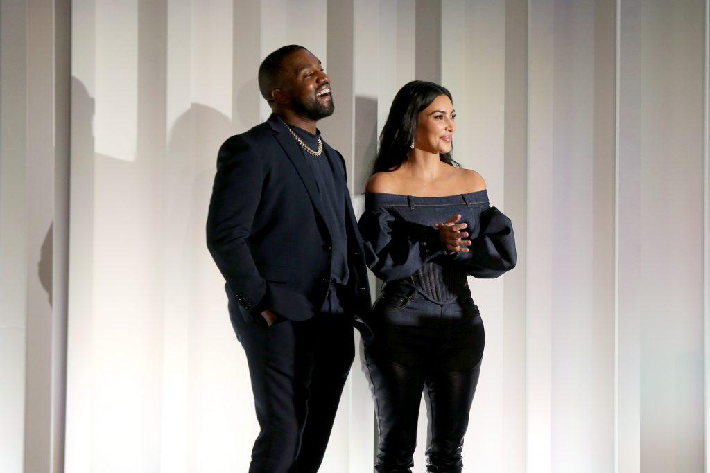 Kim Kardashian lässt Kanye West von Therapeuten überwachen