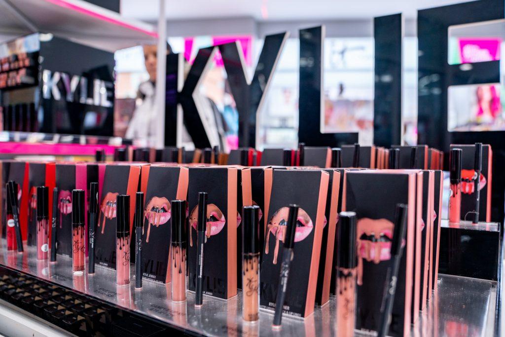 Kylie Jenner verkauft Kosmetikmarke für 600 Millionen Dollar