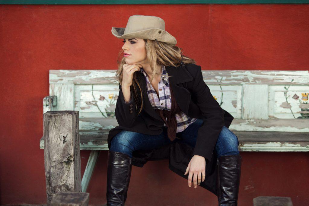 Lange Hosen in Cowboyboots: Der neue Fashion-Trend