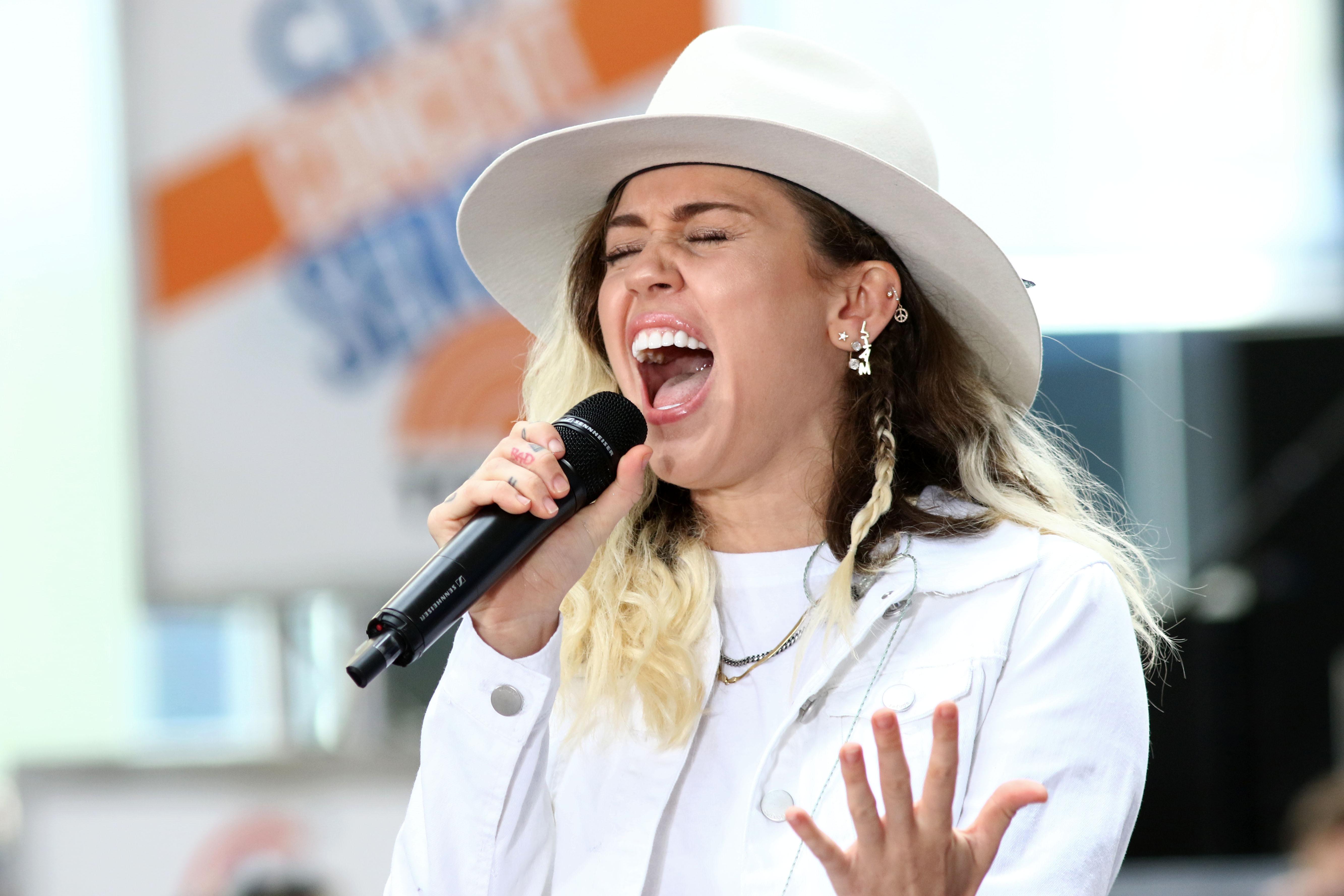 Miley Cyrus: Mehrfache Konzertabsagen nach OP