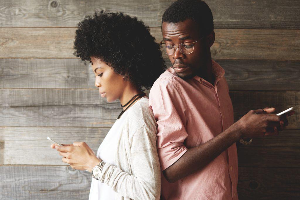 Darum kann auch in einer offenen Beziehung betrogen werden